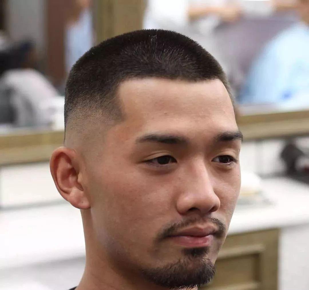 短发社会人发型男 干练清爽忒爷们_男生发型_发型屋