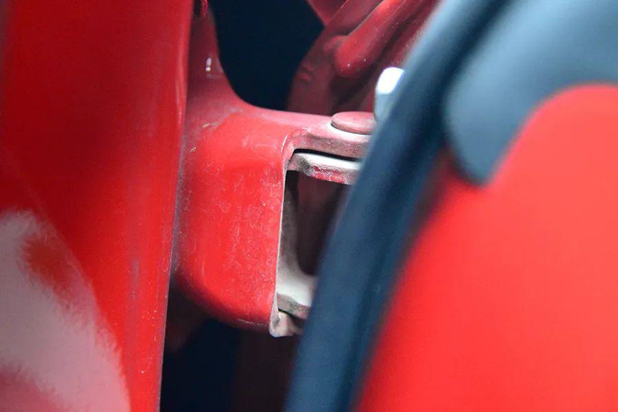 看看入門級跑車是啥品質?豐田86內飾拆解