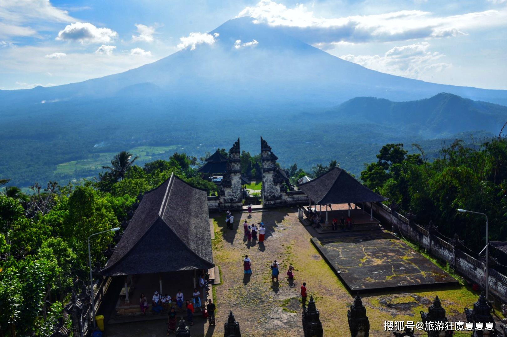 巴厘岛最火的神庙,被摄影师炒成网红,却让无数游人失望而归