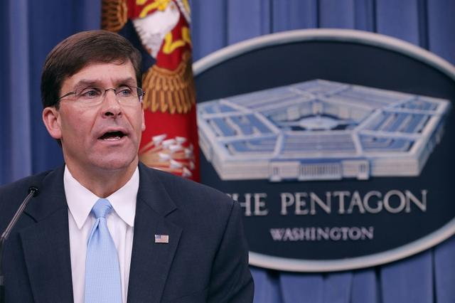 美军公开和白宫唱反调,防长透露疫情真相,或动摇超级大国地位!