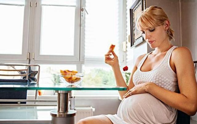 孕期孕妇有这些不适感,不一定是疾病,还暗示宝宝发育健康
