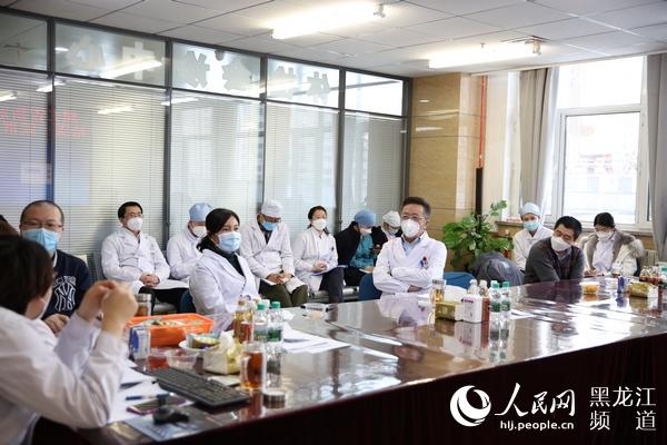 <b>外挂联合国专访于凯江:决战ICU</b>