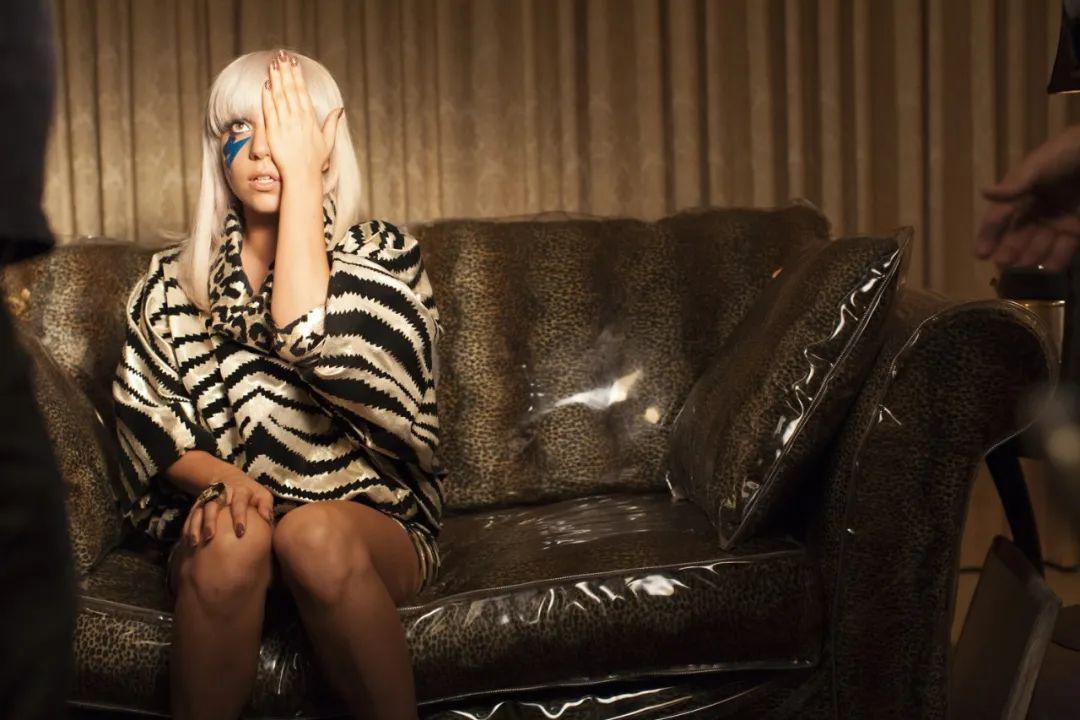 LadyGaga策划线上慈善音乐会 为什么Lady Gaga不会过气?