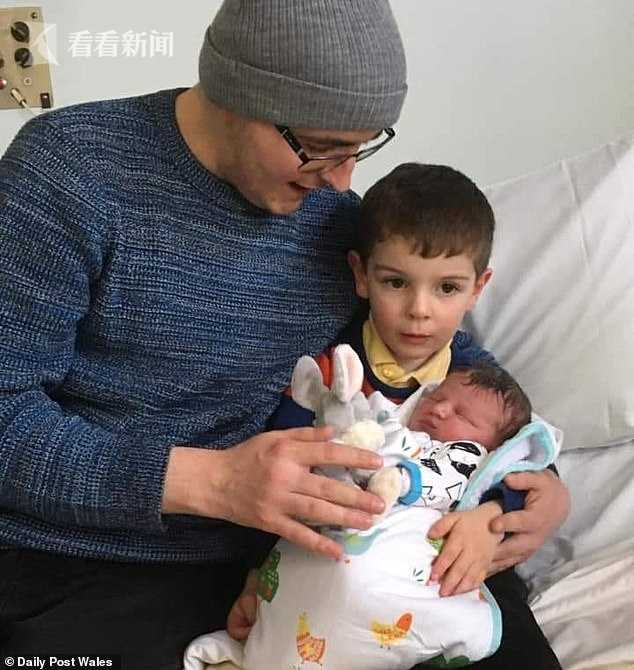 二胎刚出生10天 27岁英国老爸感染新冠家中病亡_中欧新闻_欧洲中文网