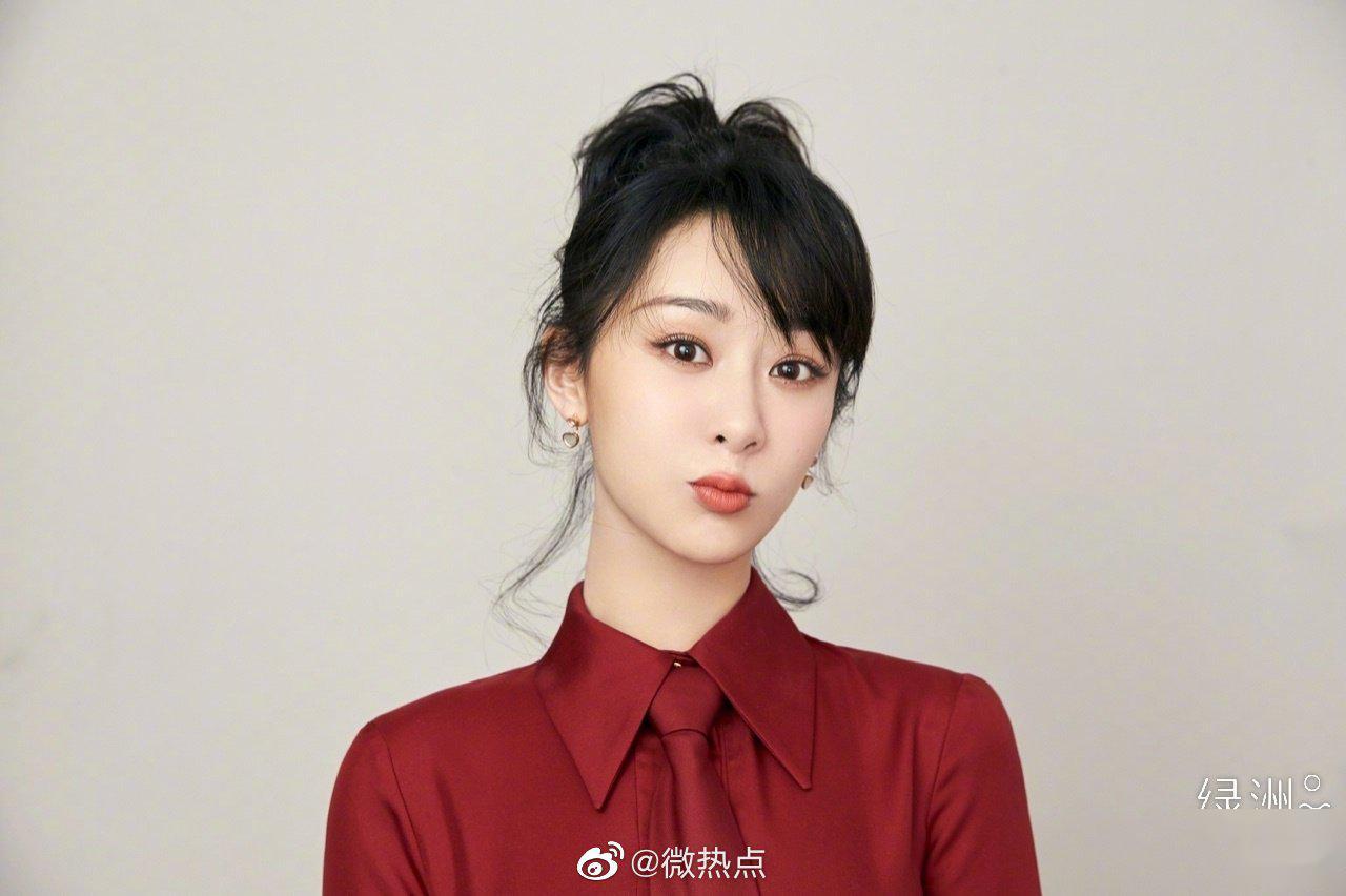 2019年的杨紫影视综三面开花 获得2019年度最热电视剧女演员殊荣
