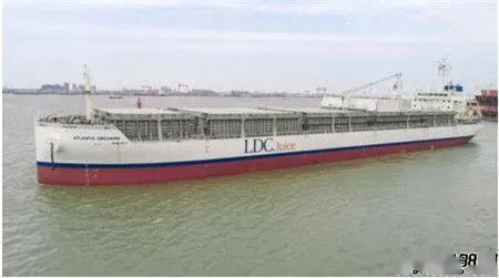 """海上移动""""大冰柜""""!中船澄西成功交付第三艘改装橙汁运输船"""