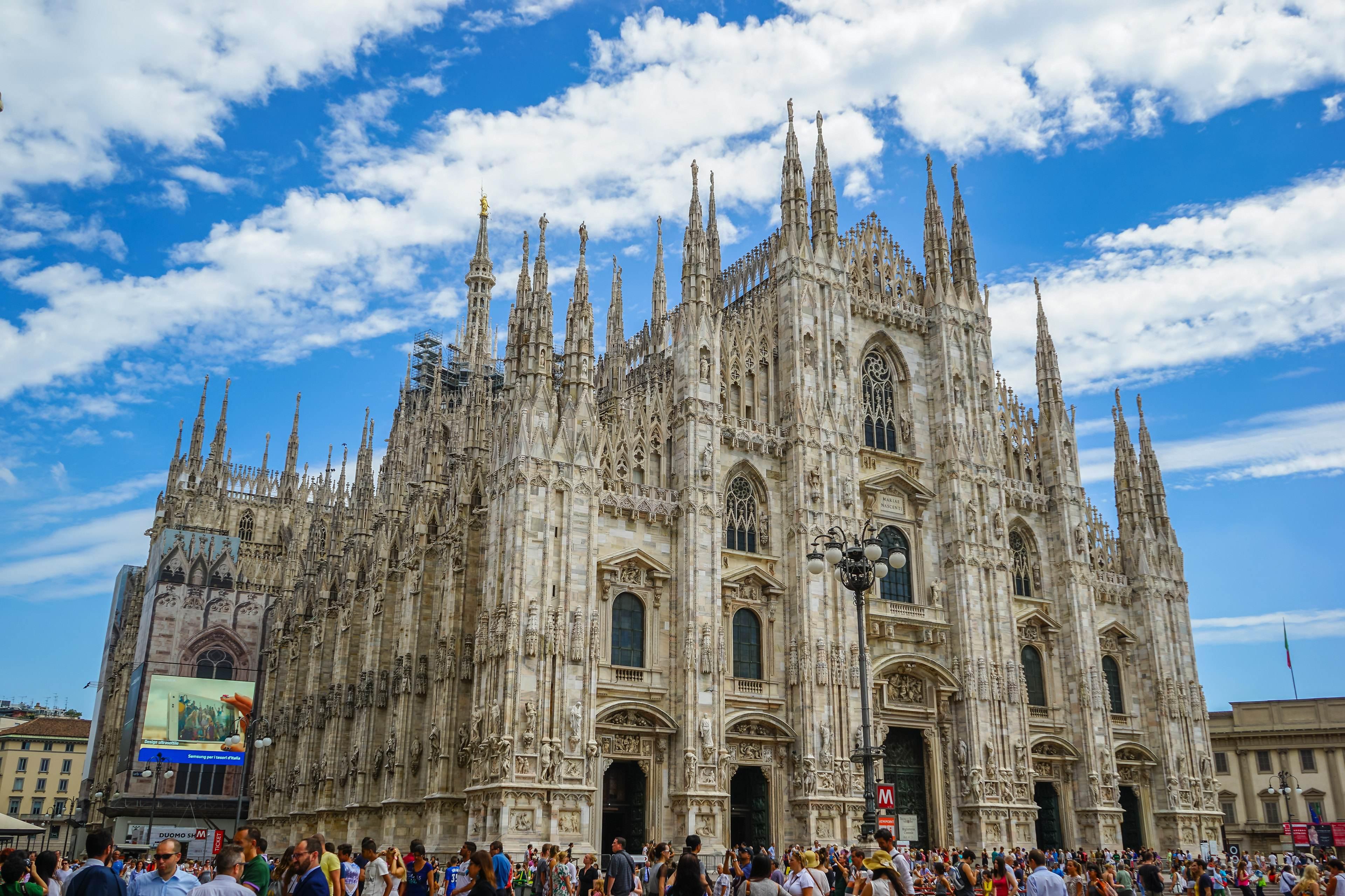 意大利全国总人口多少人_2021欧洲杯意大利图片