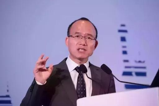 中国版巴菲特:3.8万创业到身价625亿,实现了穷二代到富一代的逆袭