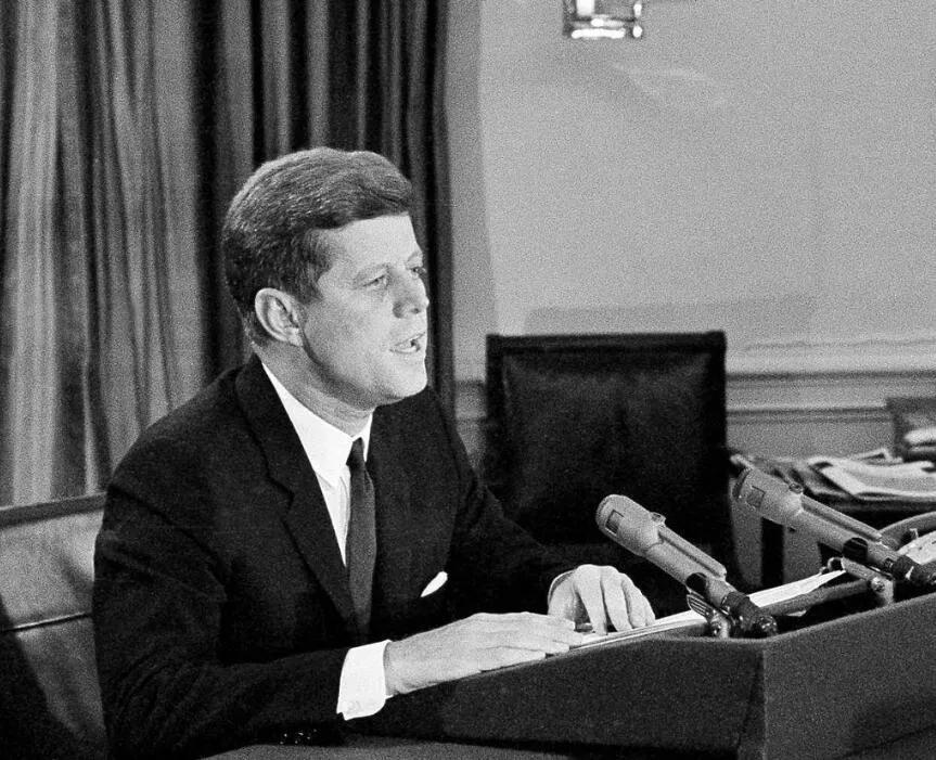 """号称在""""全球第一""""安保之下的美国总统,是如何屡次遇刺的"""