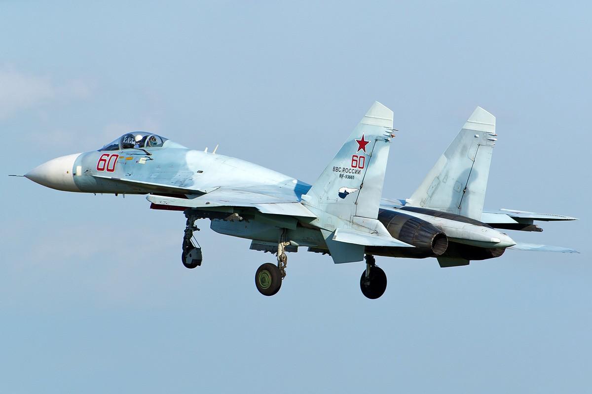 最新!俄军苏-27战机在黑海坠毁,坠毁机体居然曾是中国的订货?