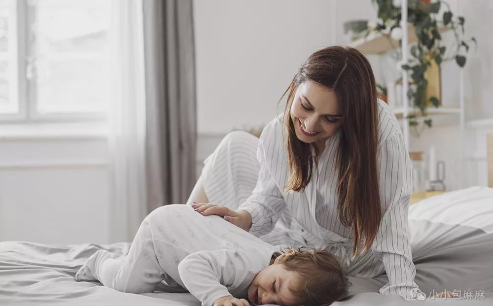 这样哄睡损伤孩子大脑,90%的父母都在用!