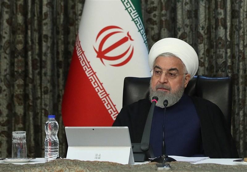 """伊朗总统鲁哈尼在共和国成立41周年当天宣布延长""""社交疏离计划"""""""
