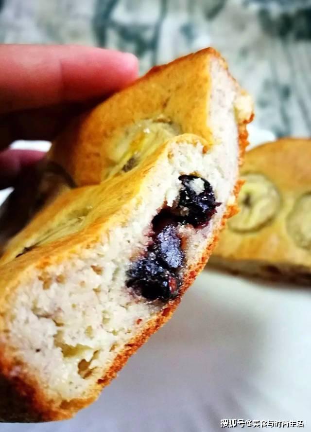 营养美味的香蕉蔓越莓蛋糕,送给小伙伴最好的礼物,无糖也好吃