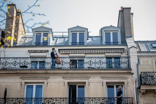 备战4月疫情高峰!法国新辟中欧航线,10亿口罩自提