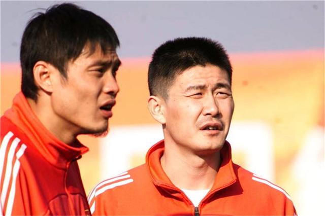 原创             范志毅为亚洲杯拒绝利物浦 解围失误踢进乌龙球致国足2-3输日本