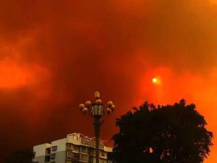 西昌火场5公里内居民已撤离 2020年凉山州西昌火灾现场图曝光