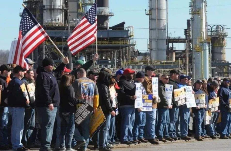 美国专家表示,工人没有被视为任何刺激和救助计划的一部分