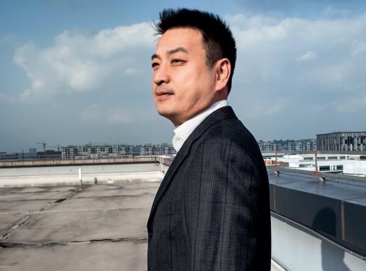 梁建章:应该让滞留海外的中国留学生获得回国机会