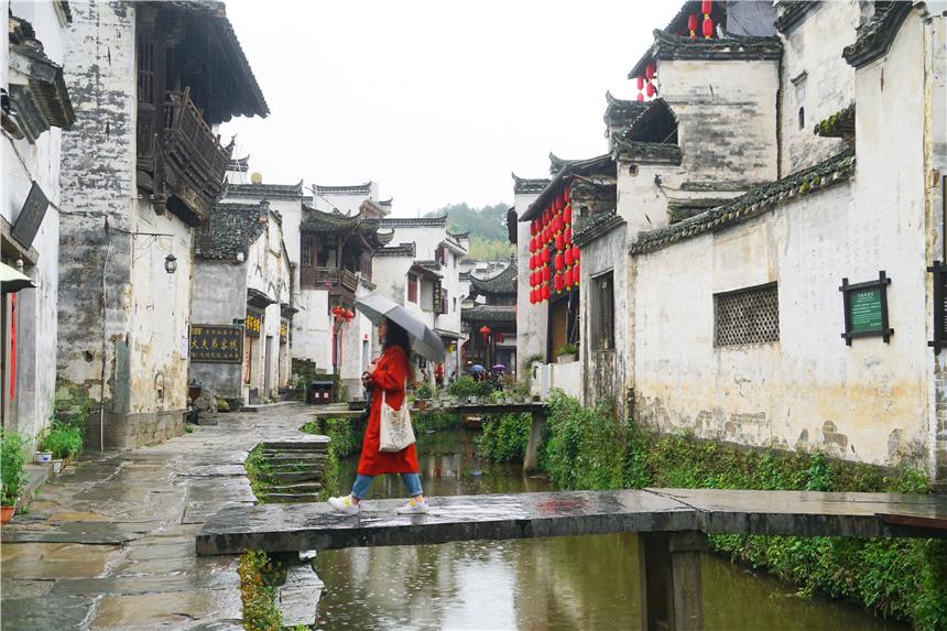 江西最像桃花源的千年古村,村民有事鸣锣商议,村里的泉水四季不干涸