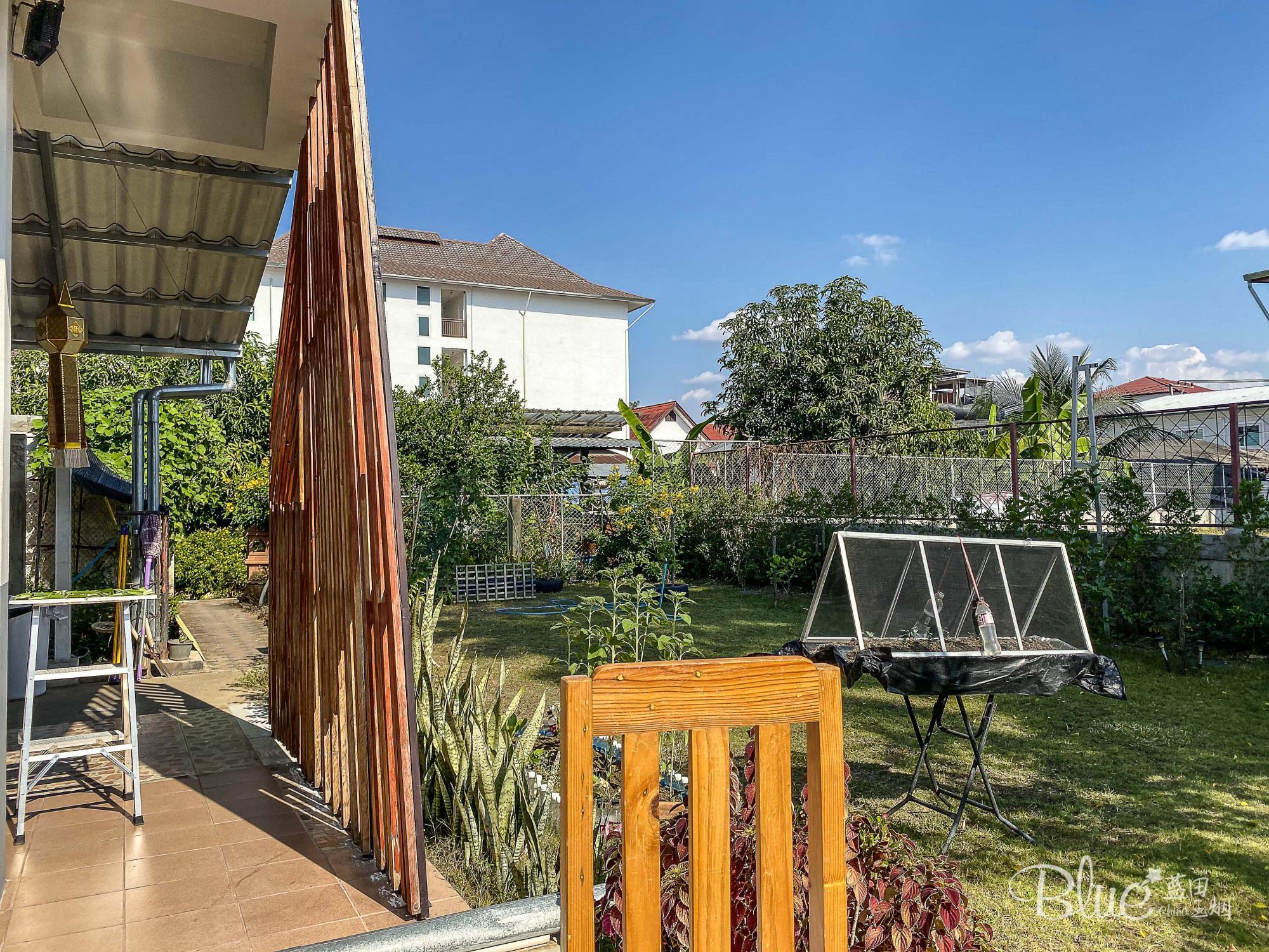 原创             清迈旅行,清迈汽车站附近有漂亮的花园式小客栈,比古城便宜好多
