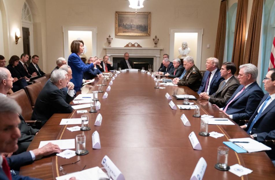 特朗普称佩洛西的评论,对美国及其家人不利