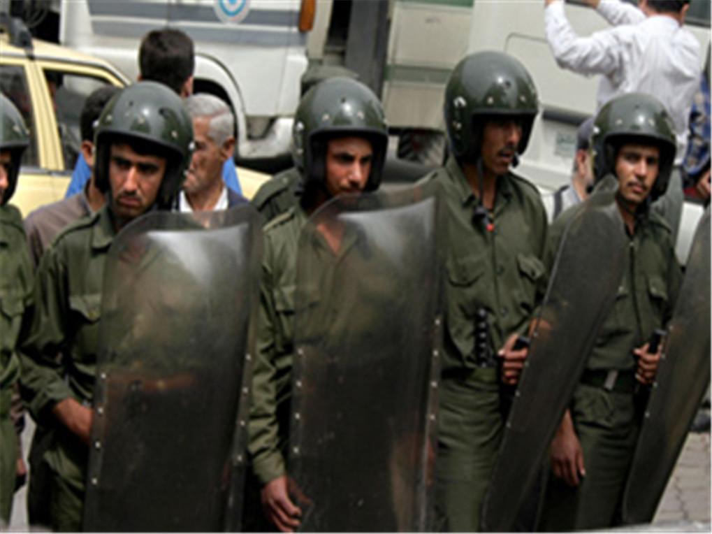 叙北部监狱暴动,3000名战俘发起人海冲锋,多名高级头目趁机逃走