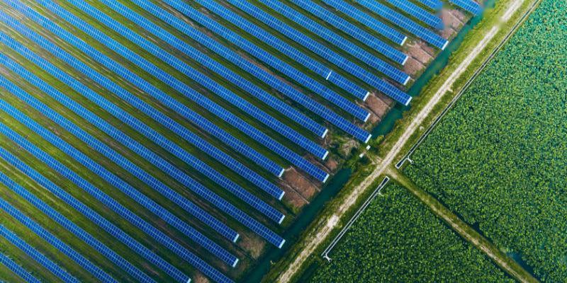 民营能源巨头协鑫两家上市公司微盈利 出售资产降负债仍是今年重点