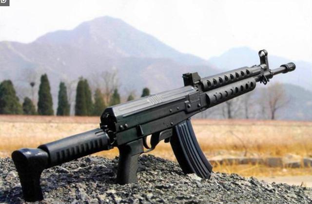 国产著名突击步枪:第1性能追赶世界主流,第2远销海外广受追捧