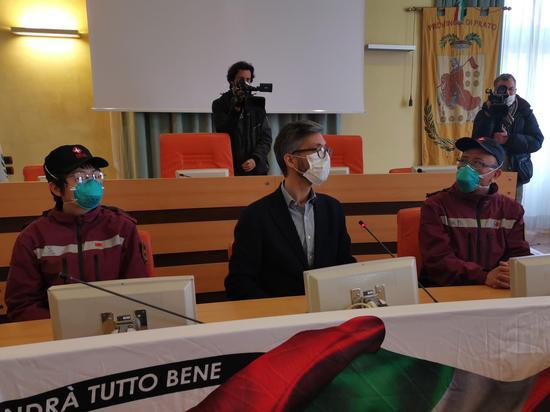 中国赴意大利抗疫医疗专家组前往普拉托传授抗疫经验_中欧新闻_欧洲中文网