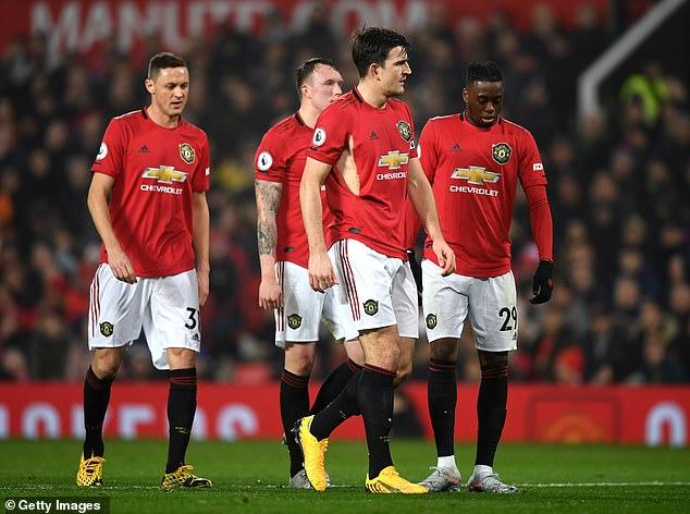 英媒:英超队不敢强制降薪 怕球员用法律自由解约