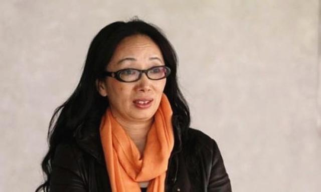 花3.5亿买飞机玩中超球队的黑龙江女首富,洋丈夫因厌倦富裕生活离婚