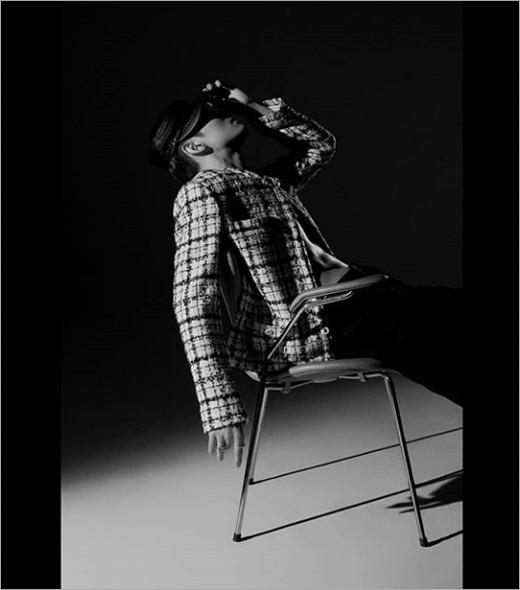 韩国SM娱乐公司官方SNS发布沈昌珉新专辑宣传照