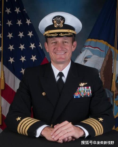 罗斯福号航母成疫情重灾区,舰长被迫发求救信,埃斯珀却这样回复
