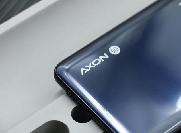 原创             6GB+128GB仅售2698元!还是骁龙765G+双模5G,比荣耀30S更厚道