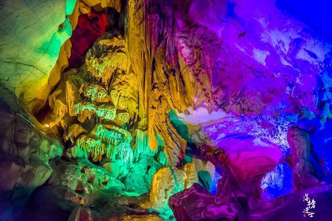 原创             安徽有一座9000多万年的溶洞,景色堪比黄山,听名字却以为走错地