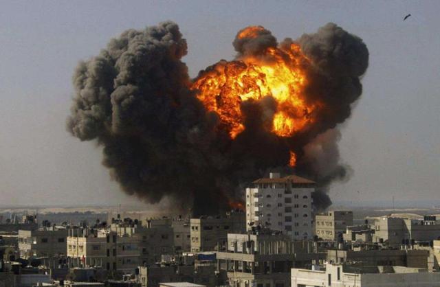 不宣而战 F-35战机对伊朗军事基地发动猛烈空袭 俄:击落又如何?