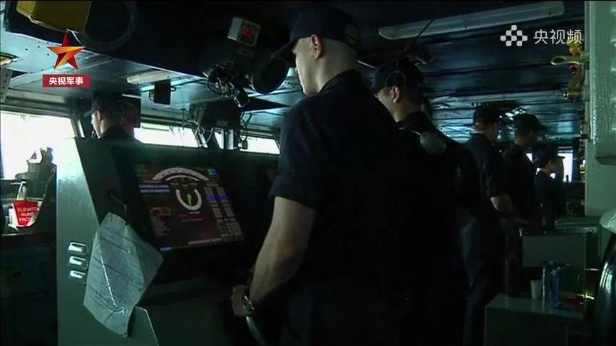 """美军高层反复改口,""""带病航母""""士兵撤不撤?双航母在亚太趴窝,有何影响?"""