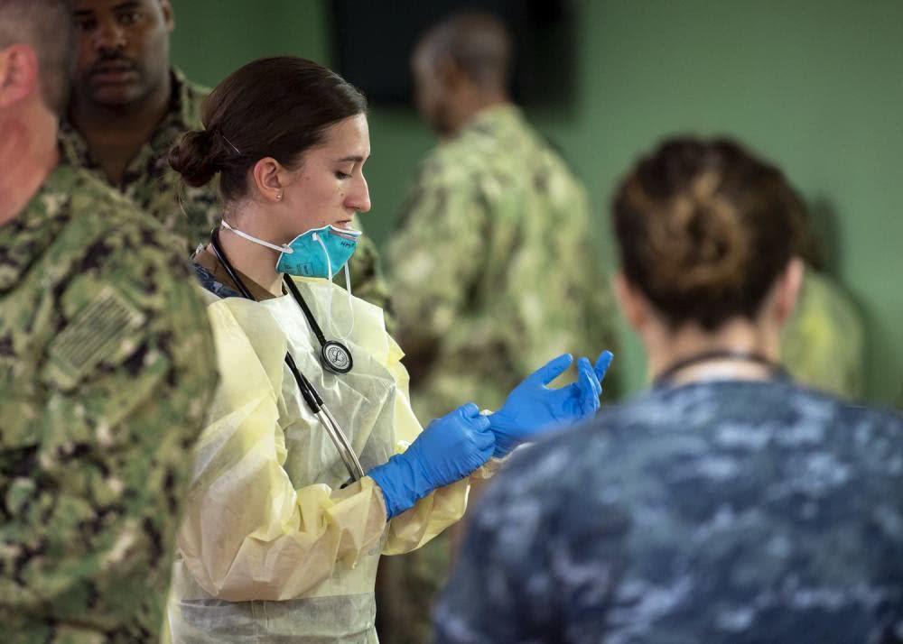 """美军医院船是救星?医务人员竟没有基本防护,或成下一艘""""毒船"""""""