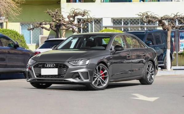 4月份新车盘点,奥迪A4L重磅来袭,新车推出双车型你更喜欢哪款?