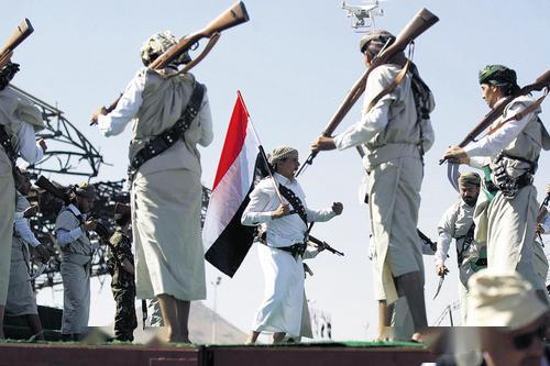 胡塞大军强势压境,沙特或朝不保夕,俄罗斯笑的露出雪白的牙齿