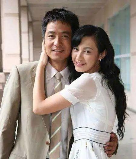 """39岁""""江玉燕""""杨雪晒自拍!老美女面部僵硬经历过啥?"""