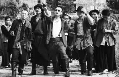 中国最后一个土匪头儿,靠两条枪发家,22岁时带300人称霸一方
