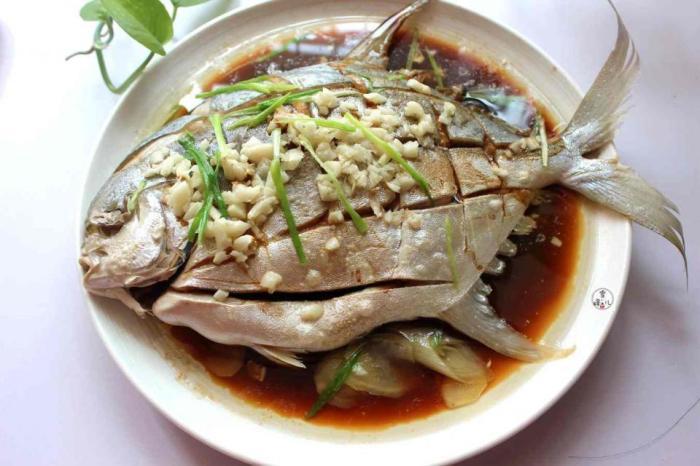 这样做鱼不煎不炸也不炖, 简单3步就做好, 鱼肉细嫩不腥气