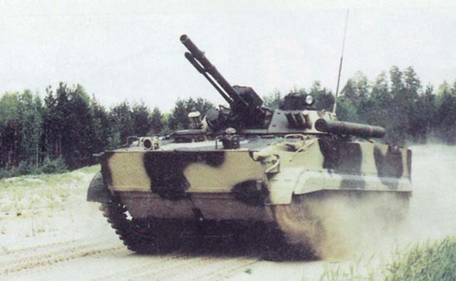 口径越来越小?俄罗斯步战车装备新火炮,火力太弱没优势