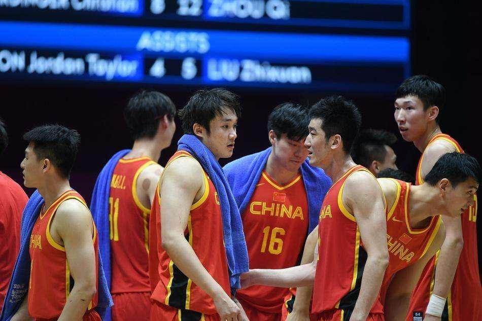 中国男足封闭集训,男篮为何还在观望