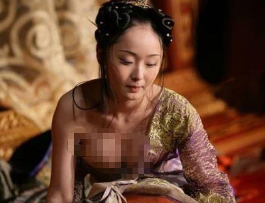"""时尚-一夜爆红抛弃罗晋,被张艺谋称""""黄金第一美"""",今低调嫁豪门息影"""