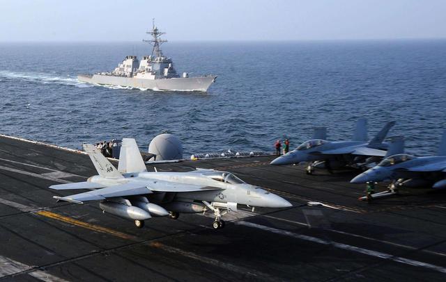 美国大批军舰杀赴委内瑞拉!美防长直言:马杜罗是目标之一