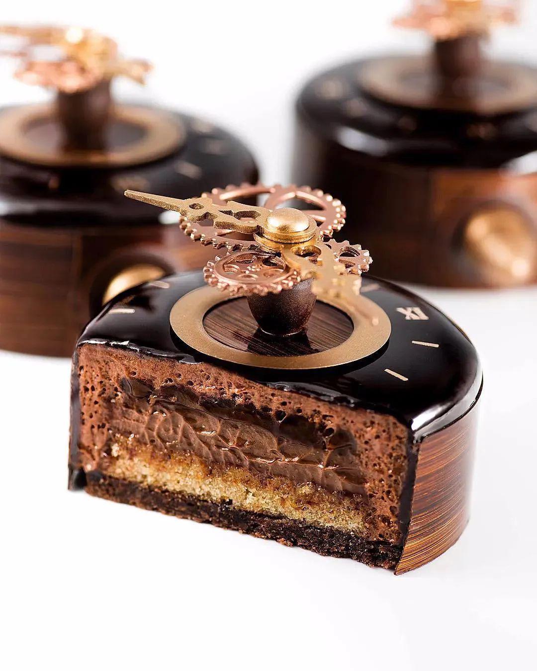 这位90后小哥的手工巧克力造型简直出神入化!