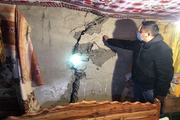 镜头|在石渠余震中奔波的纪检监察干部