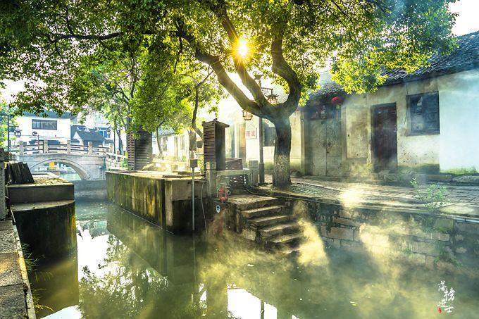 原创             苏州这座古镇是著名影视基地,充满了市井气息,这才是梦里水乡